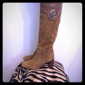 Gorgeous Tory Burch Suede/Leather Camel Boots 6.5